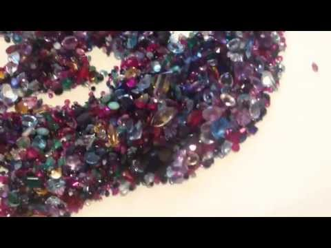 Gemstone Identification: Easy and Quick Method for Separating Garnets from Other Gems