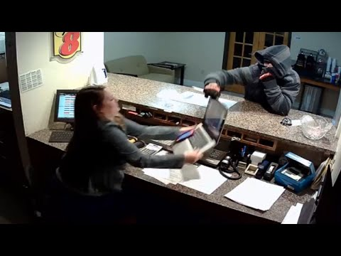 LiveLeak - Robbery Fail At Motel