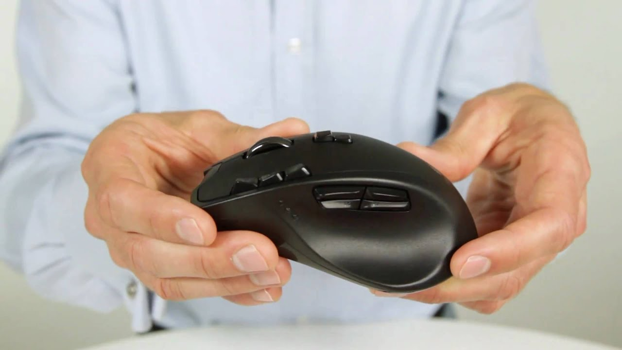 de9cf2fbbe6 Up Close with the Logitech Wireless Gaming Mouse G700 - YouTube