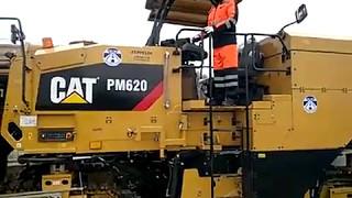 Фреза CAT PM620 в работе