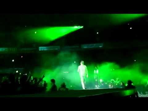 """Radio Tehran can you hear us?!"" U2 in Solidarity with people of Iran - San Sebastian Sep 26, 2010"