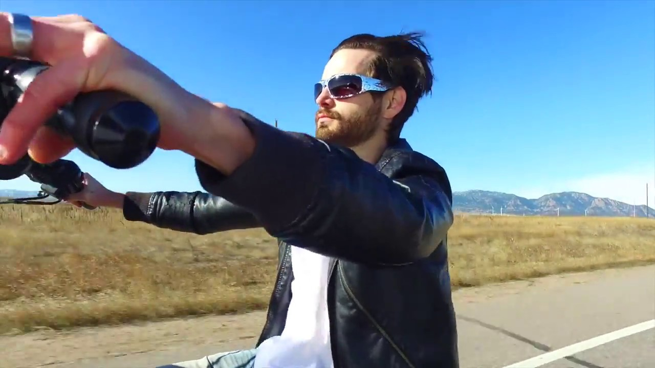 840d878bd6f7 Icicles USA - Big Daddy Bagger Sunglasses - YouTube