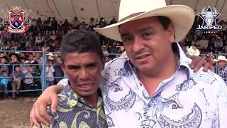 SINALOENSE DE IRATZIO MONATANDO AL BIG BOSS Y EL 8 SEGUNDOS UN TORO...