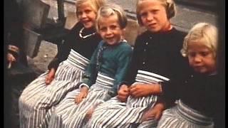 Video Bloemencorso, Marken, 1951, typical Dutch tourist attractions download MP3, 3GP, MP4, WEBM, AVI, FLV Agustus 2018