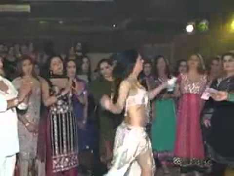 Billo thumka laga Pakistani version...