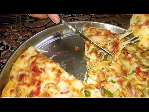 صورة  طريقة عمل البيتزا طريقه البيتزا السحريه مطعم بيتزا🍕مشهور جداً  طلب ياخد وصفتي مش هتصدقو 😍🤗المقادير في صندوق الوصف طريقة عمل البيتزا من يوتيوب
