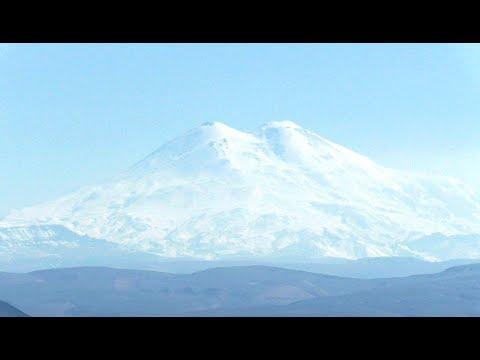 Пятигорск Главный Кавказский хребет Эльбрус вид с горы Машук