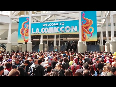 Opening Day of L.A. Comic Con 2019 - Los Angeles Convention Center Walk Thru / Cosplay & Much More