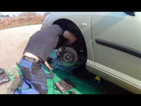 How to replace a front wheel bearing on Peugeot 407 .Tutorial