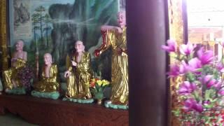 ヴィエンチャンのベトナム寺院(Vietnamese Buddhist  temple in Vientiane)