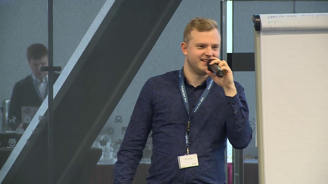 Image from Filip Szamborski - Czy Python umie latać? - PyCode Conference 2018