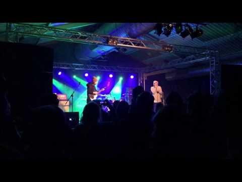 Jonny Craig & Kurt Travis  Cry Me A River
