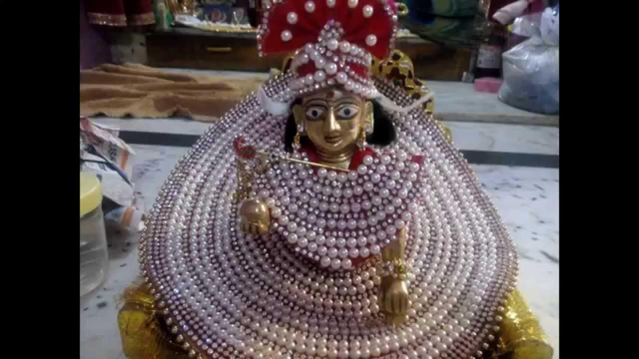 Best Shri Krishna Thakur ji ki Poshak Images for free download