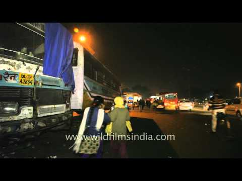 Abandoned buses turned into night shelters in New Delhi
