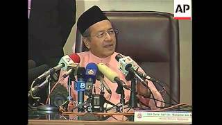 Presser by outgoing leader Mahatir Mohammed