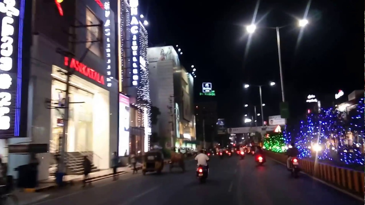 Vijayawada Bandaru Road With Full Of Lighting On 12.02.2017 AP Capital City  Area