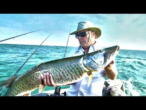Trolling For St. Clair Muskies - Babe Winkelman's Good Fishing