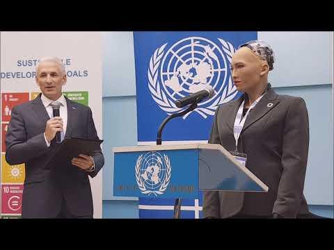 Սոֆիա ռոբոտը ՄԱԿ-ի հայաստանյան գրասենյակում // Sophia The Robot At UN Armenia
