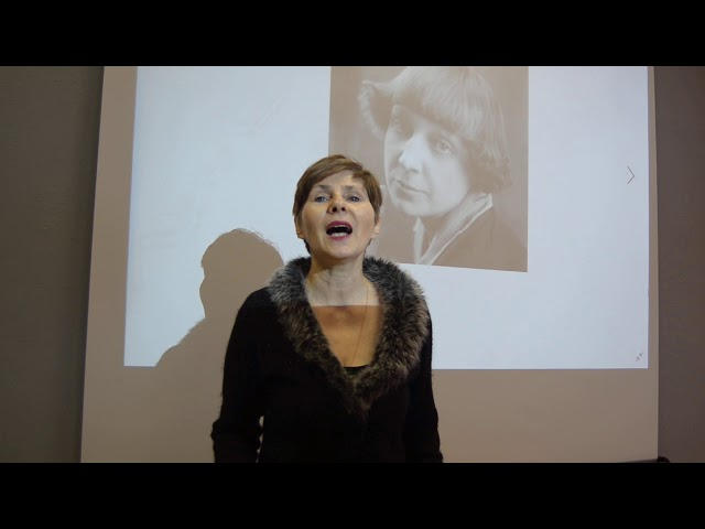Изображение предпросмотра прочтения – НатальяРоманова читает произведение «Любовь! Любовь!» М.И.Цветаевой