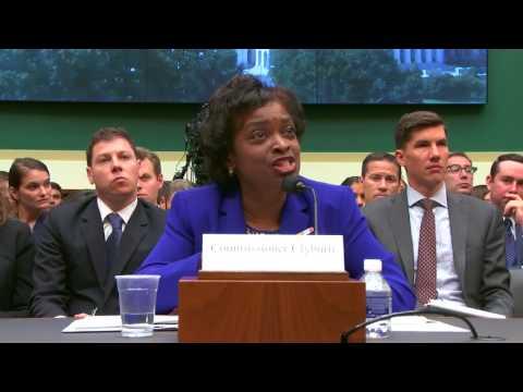 Commissioner Clyburn on Mobile Broadband