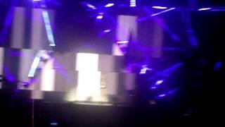 Beyonce - Sweet Dreams (live Glasto 2011)