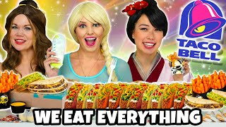 WE EAT EVERYTHING AT TACO BELL WITH FROZEN 2 ELSA, BELLE, AND MULAN. Totally TV Parody.