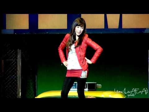 [Fancam] SNSD Tiffany :: 120122 Musical『FAME』 - Curtain Call
