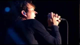 Blink 182 - Violence (LIVE @ Reading Festival 2010)