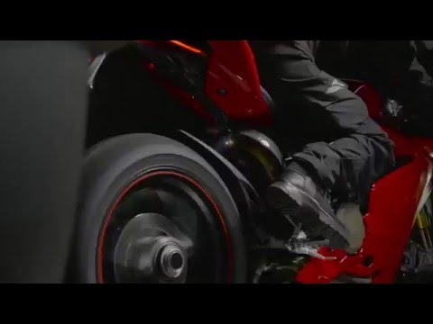 Ducati Performance exhaust systems by Akrapovič