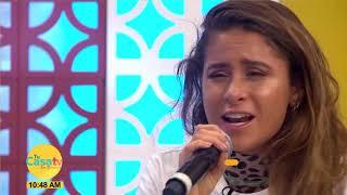 """Cami canta en vivo """"Aquí estoy"""""""