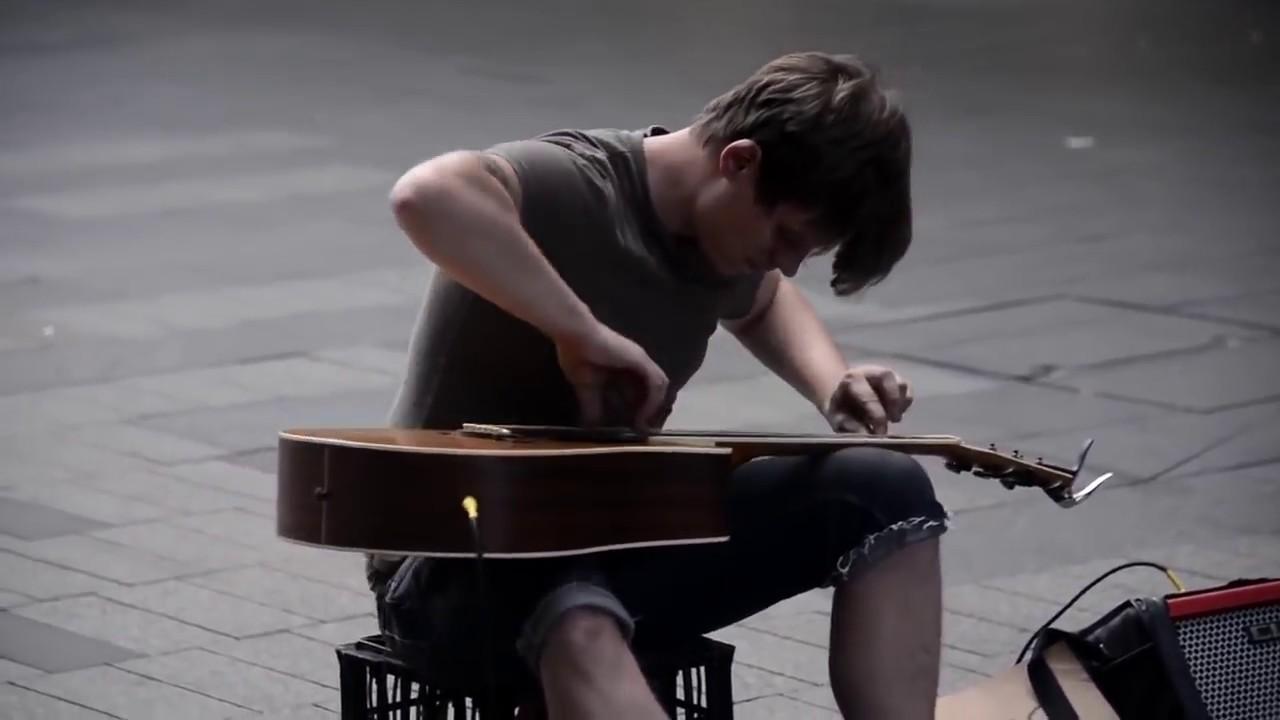 Гитарист от БОГА. Вот это талант!!!  Нереальная игра на гитаре