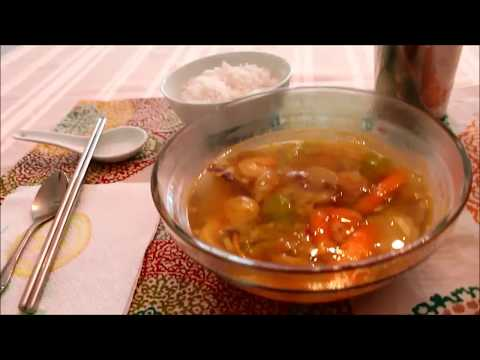 Trying Thai Sour Turmeric Soup