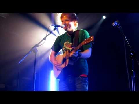 Ed Sheeran - Little Bird (Live)