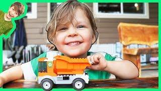 Lego Dump Truck Garbage Truck Playtime!