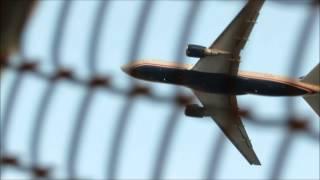 RARE PLANES at Newark Liberty International Airport KEWR / EWR : B767-200, DC-9, American New Livery Mp3