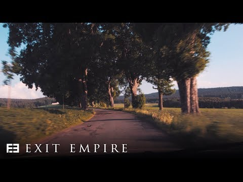 Смотреть клип Exit Empire Ft. Seana - Please Us All