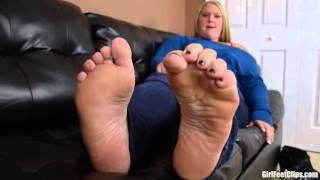 Anya's Giant Feet
