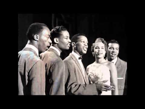 I am the great pretender- The Platters - YouTube