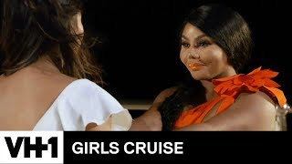 Tiffany Pops the Question to Lil' Kim | Girls Cruise