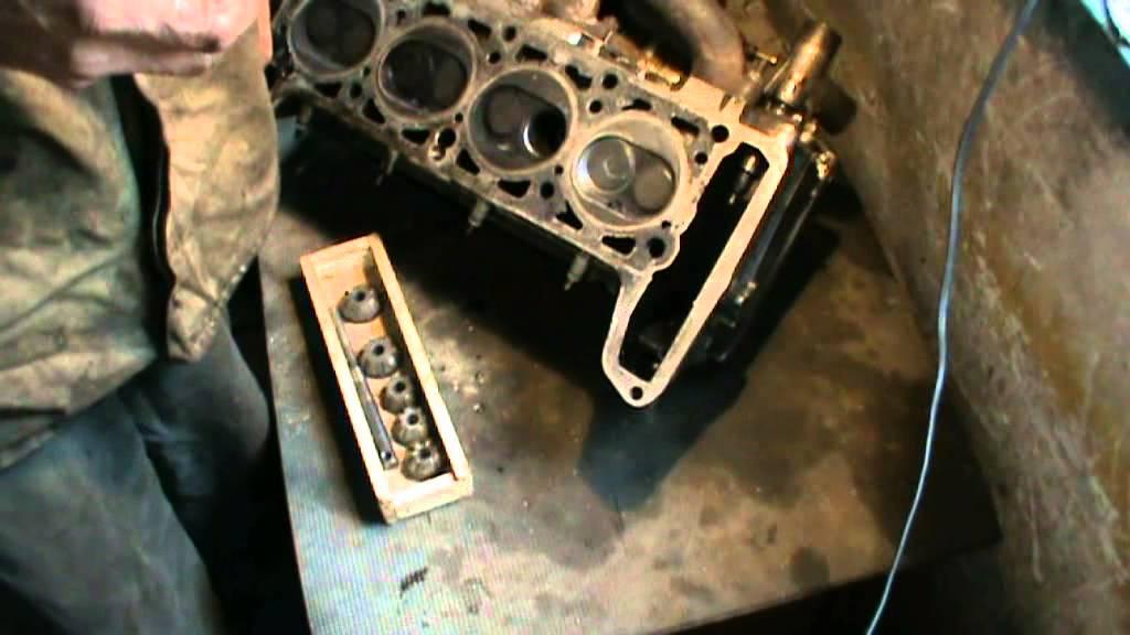 Опыт показывает, что для гбц двигателя ваз-21083 критическими величинами диаметров каналов являются 32 мм для впуска и 29 мм для выпуска. Для того чтобы добиться хорошей формы седла, его наружный диаметр желательно сделать больше диаметра тарелки клапана приблизительно на 1 мм.