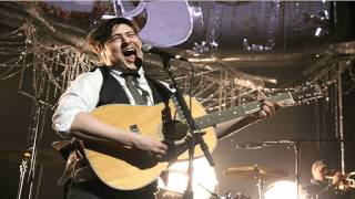 Mumford & Sons - Little Lion Man Live KROQ Almost Acoustic Christmas