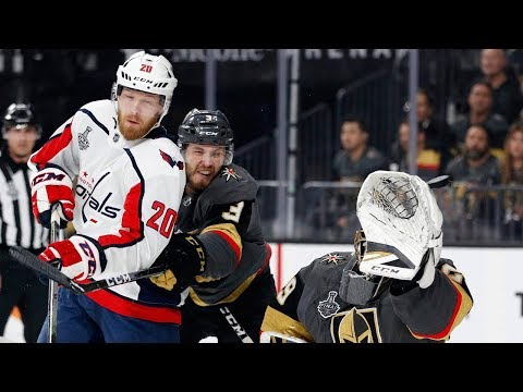 Lars Eller's 3-point night draws Capitals even in series