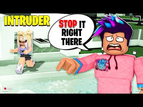 NEW Security Cameras EXPOSED Online Daters BREAKING INTO My House! (Roblox Bloxburg)