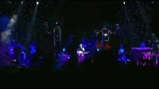 Moby - We are all made of stars (Live at Glastonbury 06.29.2003)