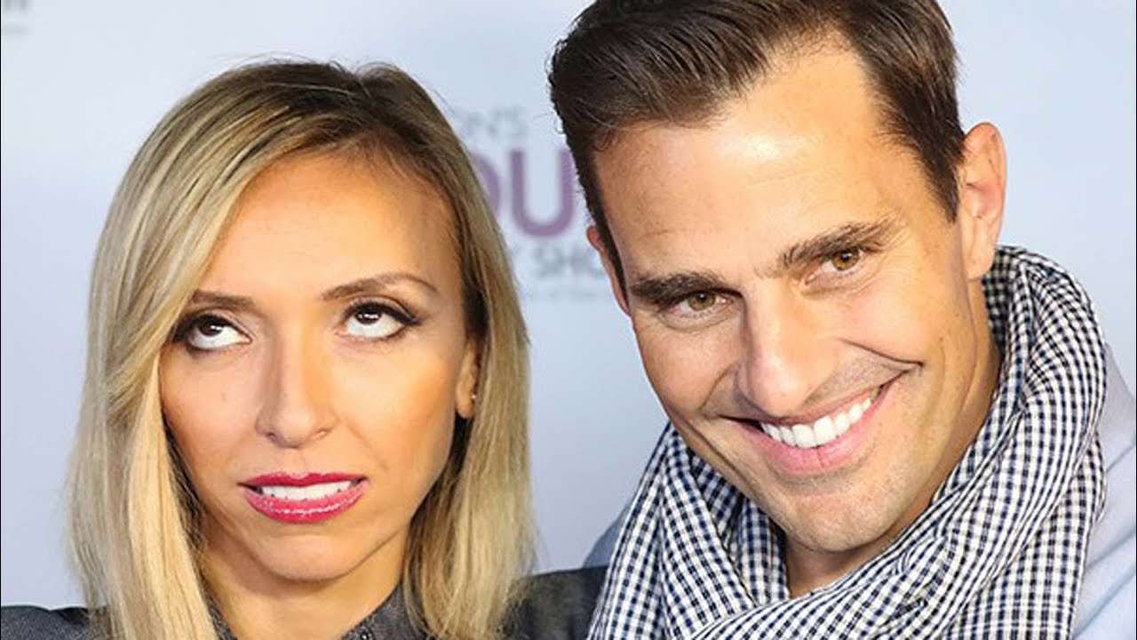 Weird Things Everyone Ignores About Giuliana And Bill's Marriage