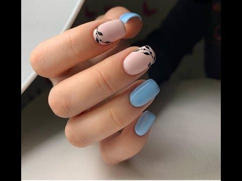 Очаровательный голубой маникюр 2019/Красивый нежно-голубой маникюр фото идеи дизайн модные тенденции