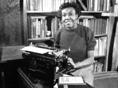 Gwendolyn Brooks reads A Song in the Front Yard
