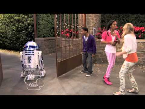 r2d2 and c3po meet