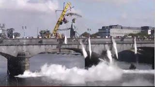 Royal De Luxe Limerick 2014 Day 3 Sarsfield Bridge Finale