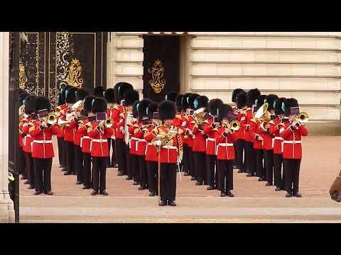 Irish Guards Band at Buckingham Palace